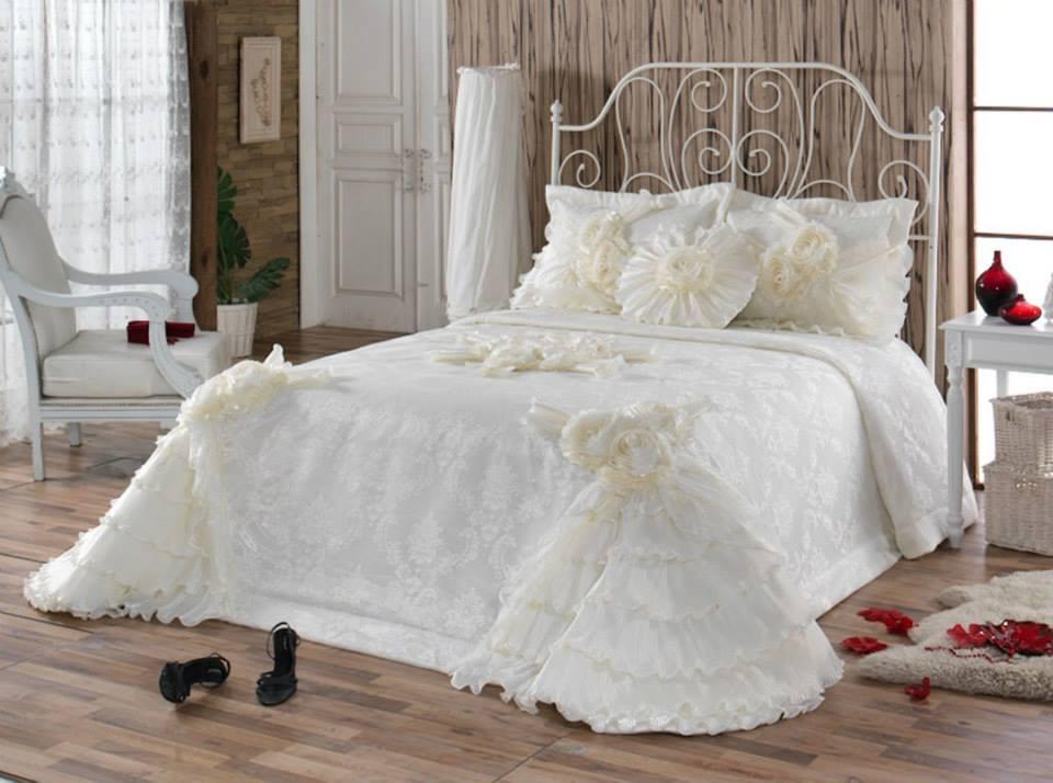 dantelli ceyizlik yatak ortuleri