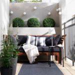 Modern Balkon Dekorasyonu Fikirleri (13)