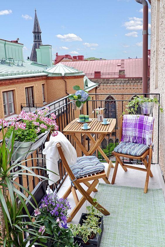 renkli balkon dekorasyonu modelleri 2017